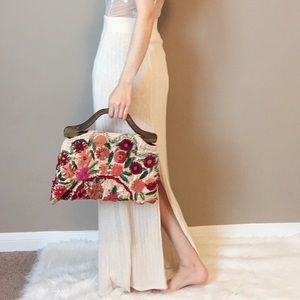 Vintage embroidered handbag.